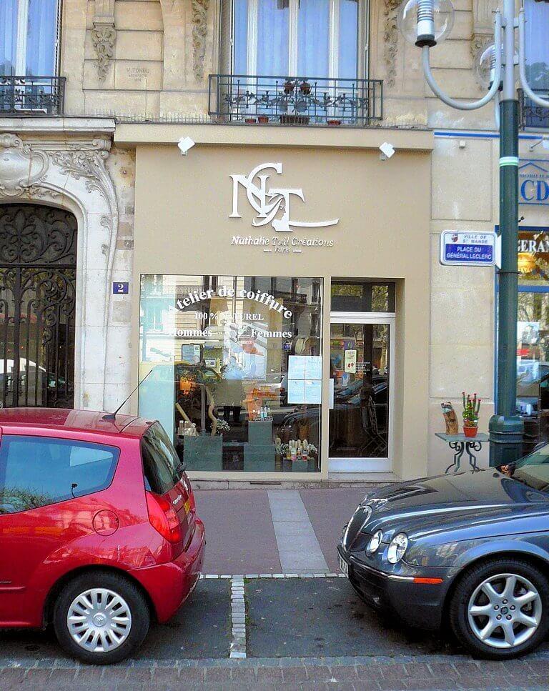 Enseigne inox salon de coiffure naturel paris for Salon miroir paris 14