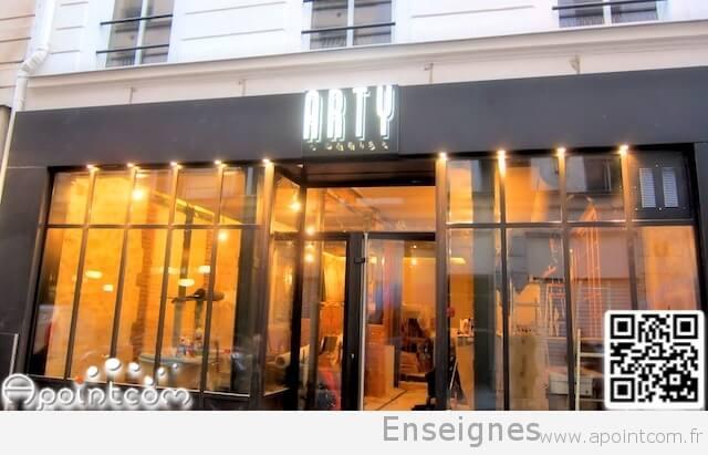 Enseigne restaurant paris op ra arty 75002 for Miroir restaurant paris menu