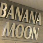 Enseigne inox brossé Banana Moon Paris