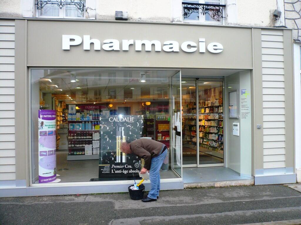 Enseigne pharmacie Chennevieres – Ruiz