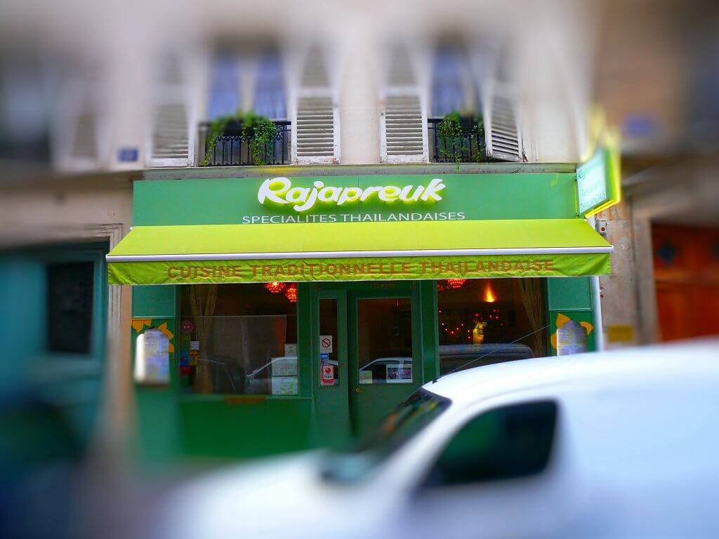 Enseigne restaurant Thailandais Paris Rajapreuk