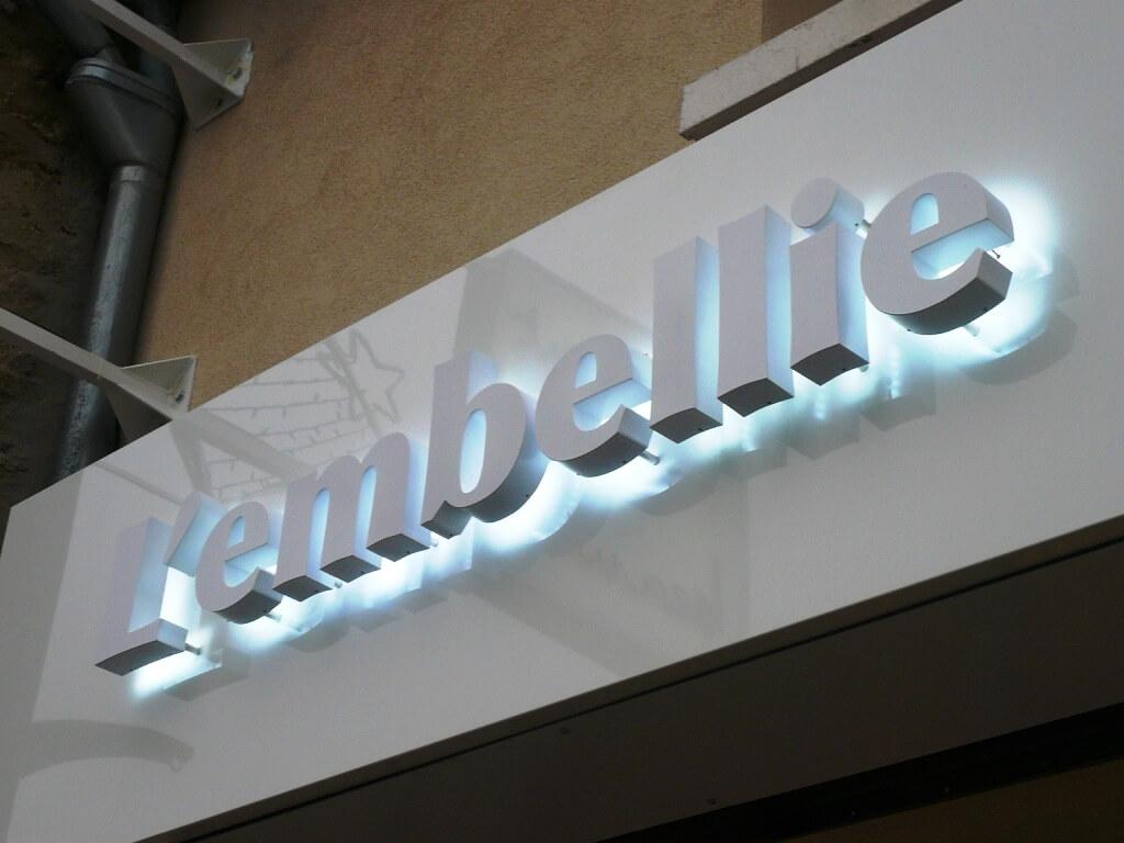 Enseigne lumineuse institut de beaut l 39 embellie - Lettre enseigne lumineuse ...
