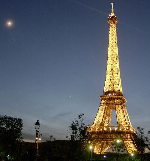 Paris Tour Eiffel Lumineuse