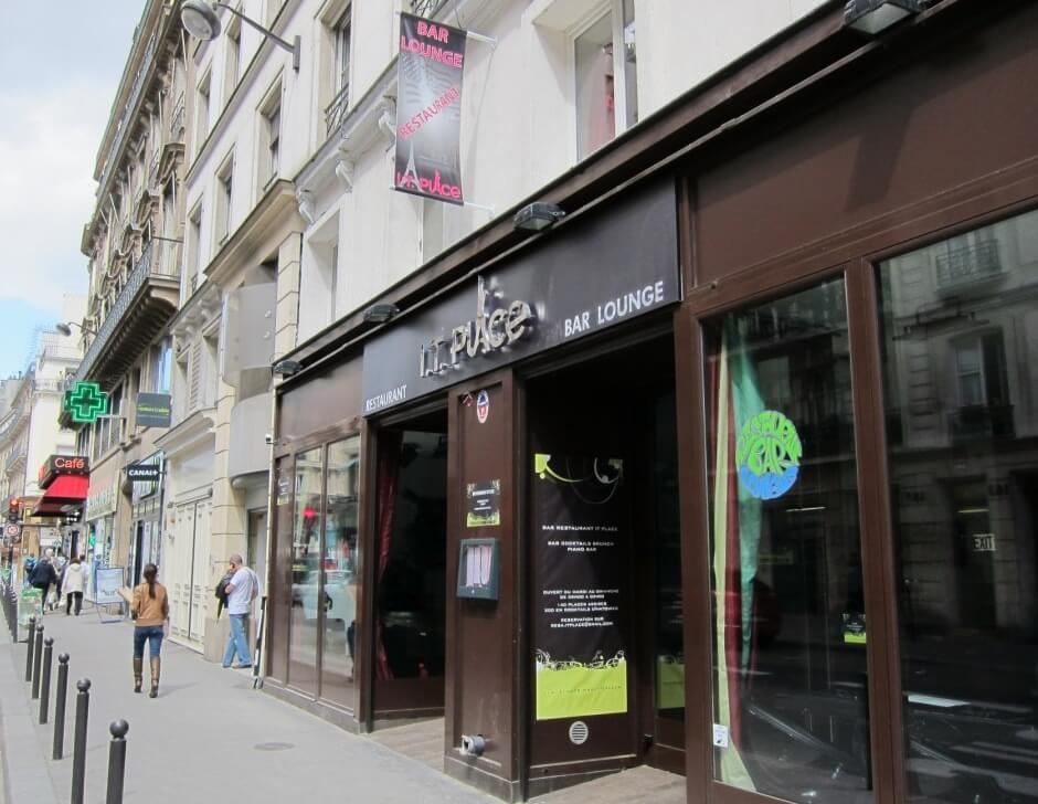 Enseigne restaurant led et inox miroir it place paris for Le miroir restaurant montmartre