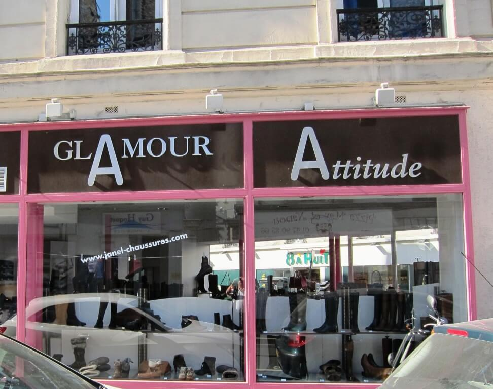 enseigne lumineuse n on magasin de chaussures asni res 92 glamour attitude. Black Bedroom Furniture Sets. Home Design Ideas