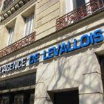 Agence Levallois - Enseigne lumineuse