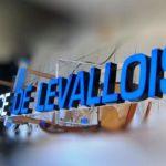 Agence Levallois - Vue de l'enseigne lumineuse