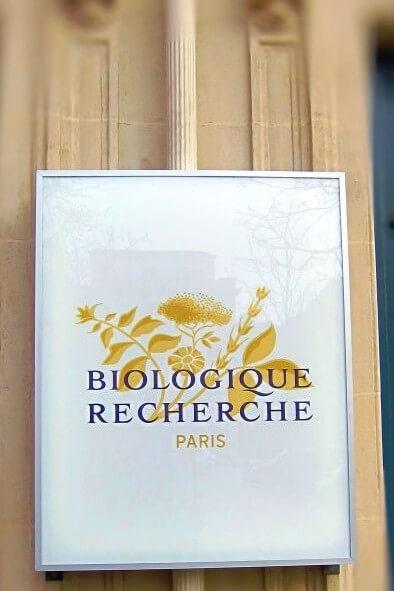 Enseigne lumineuse Biologique Recherche Paris 8