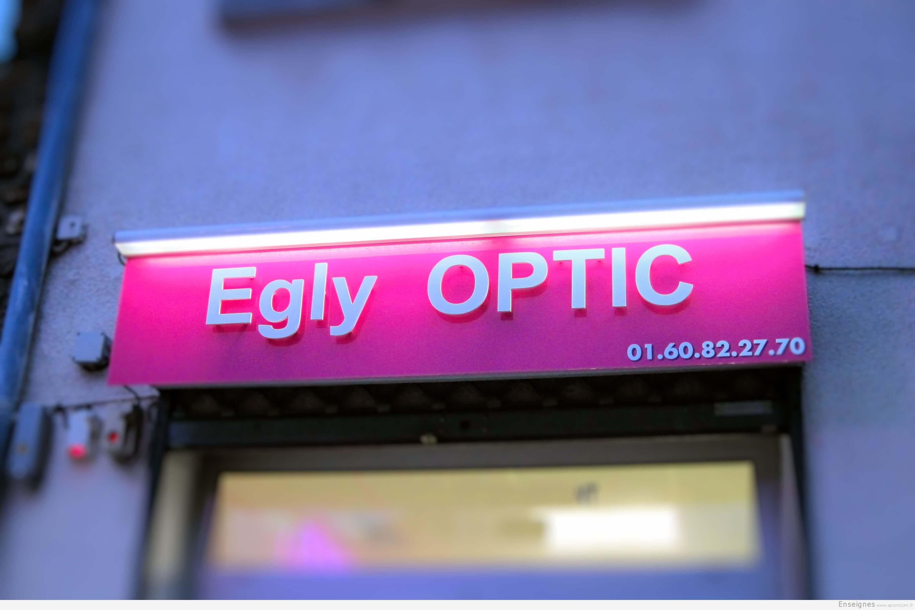 Enseigne lumineuse et relief Egly Optic (91)