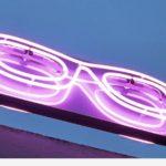 Lunette opticien double face en néon couleur cyclame - Egly Optic