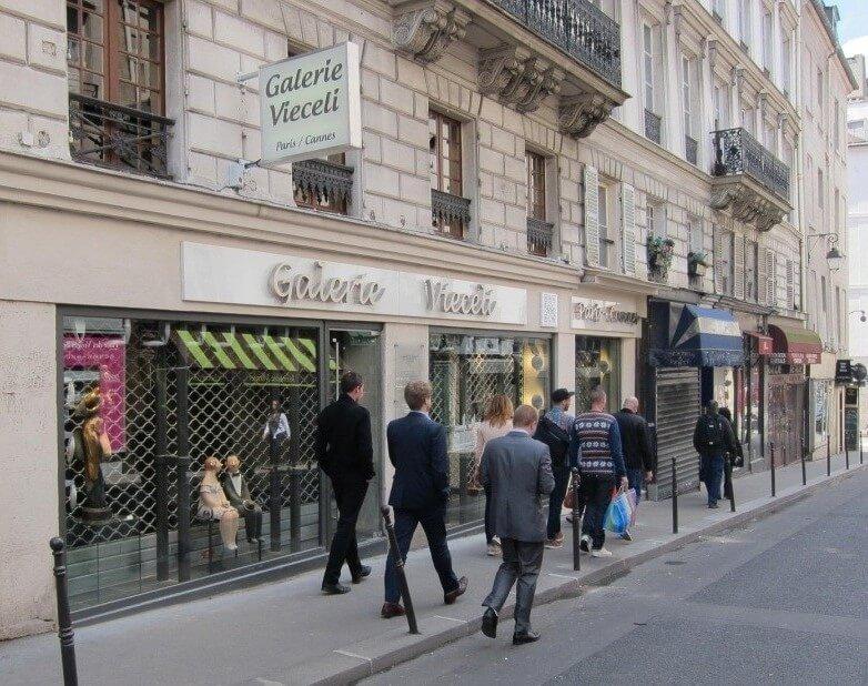 Lettre relief inox brossé galerie d'art Paris – Vieceli