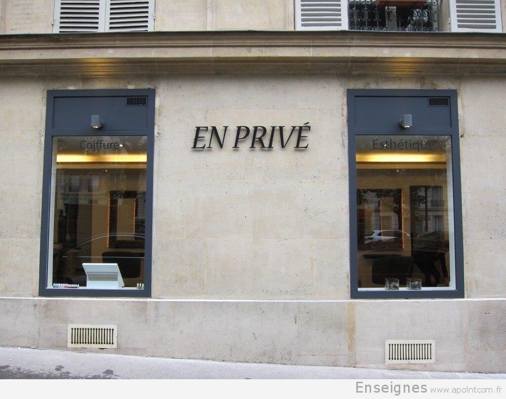 Lettre en relief pour salon de coiffure paris en priv for Salon de coiffure libanais paris