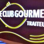 Détail profondeur des lettres - Traiteur Le Club Gourmet