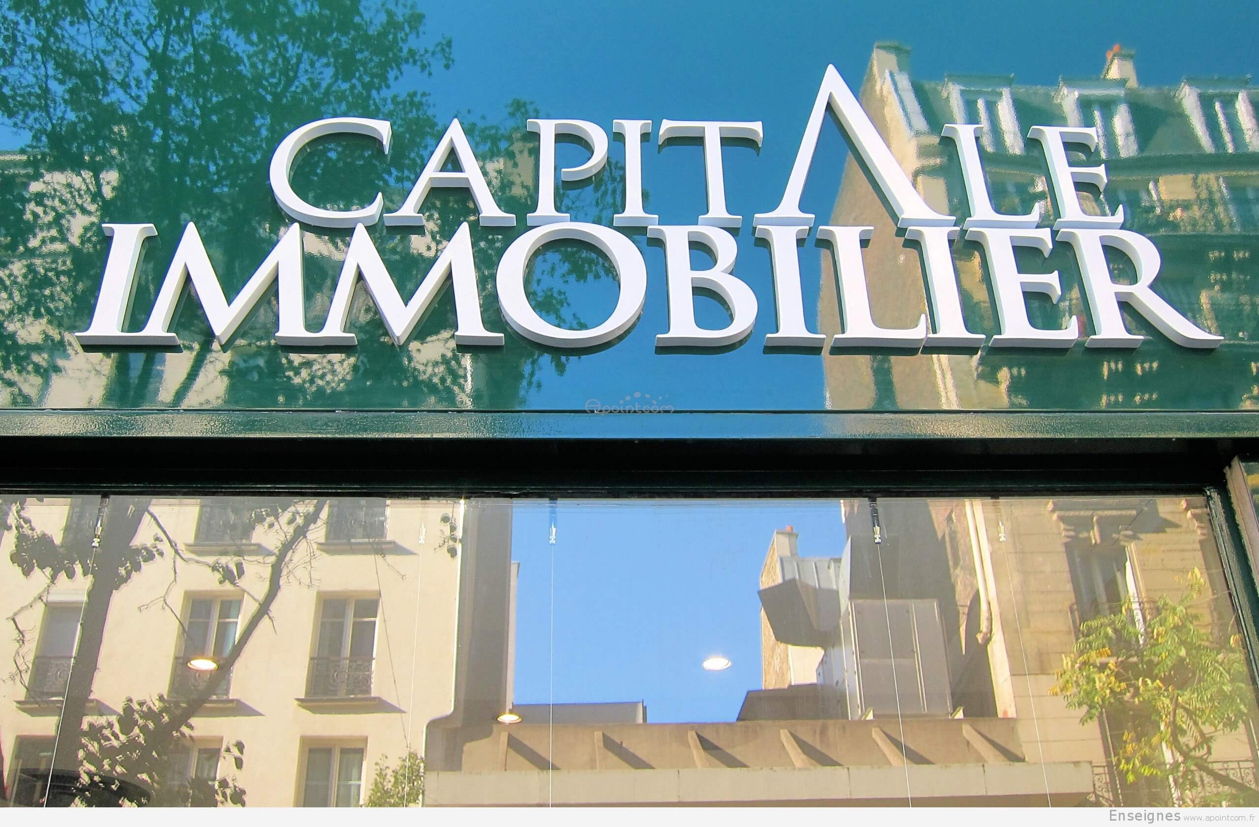 Enseigne agence immobili re paris capital immobilier for Agence immobiliere specialisee terrasse paris