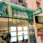Enseigne et caisson allumés pour agence immobilière à Paris (Capital Immobilier)
