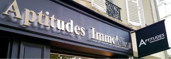 Enseigne agence immobilière a Neuilly -sur-seine - Agence Aptitude